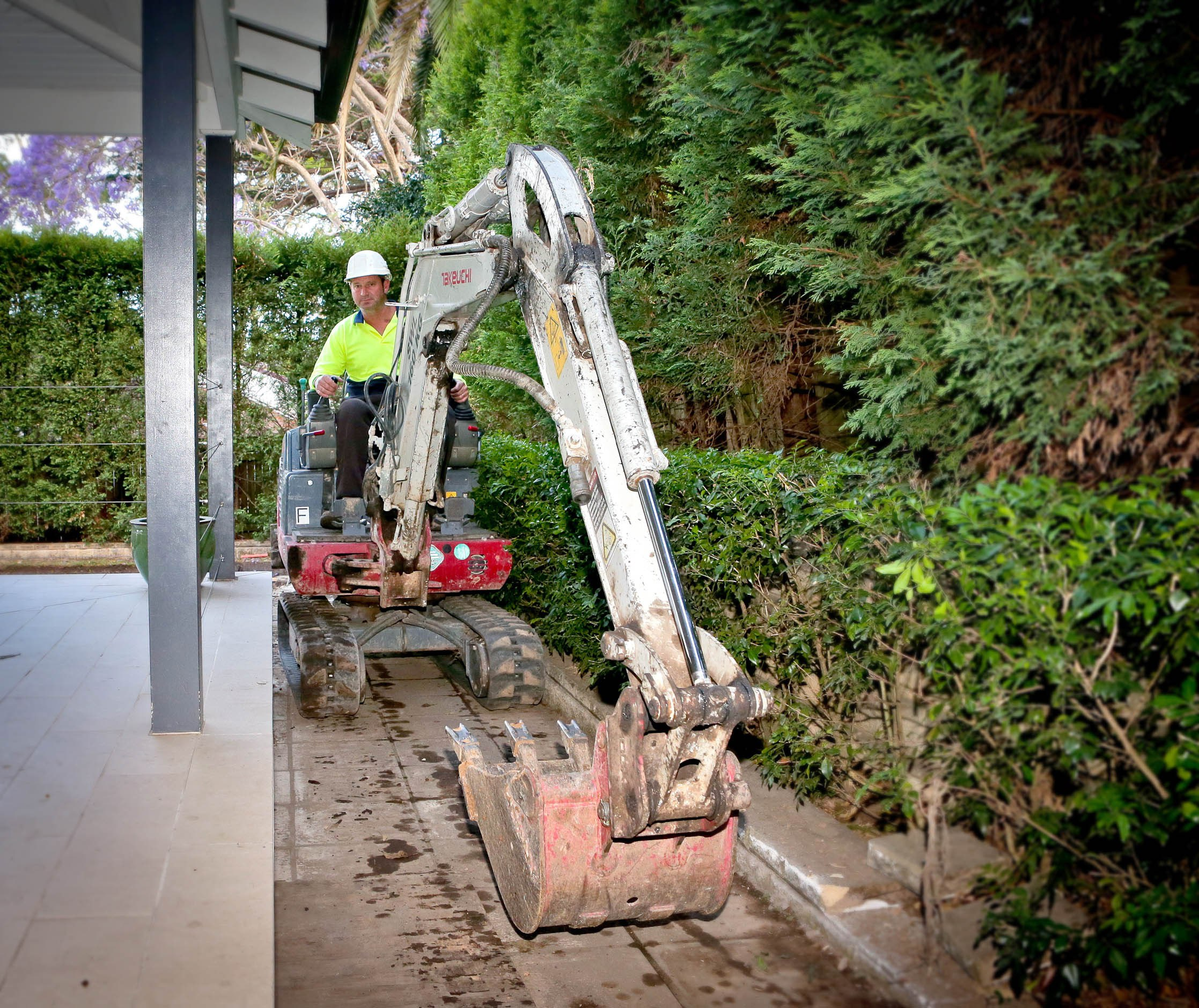 Roseville swimming pool excavation brian 39 s tight access - Johnson swimming pool roseville ca ...